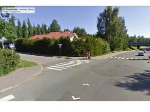 Kannelmäestä Googlen kuvaama ristyes. Ei pyörätien jatketta, ei pyörätietä.