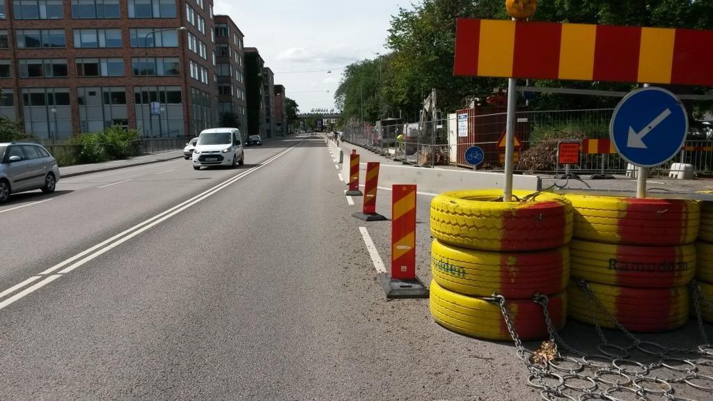Ajoradalta tilan ottaminen pyöräilylle on Tukholmassa arkea.