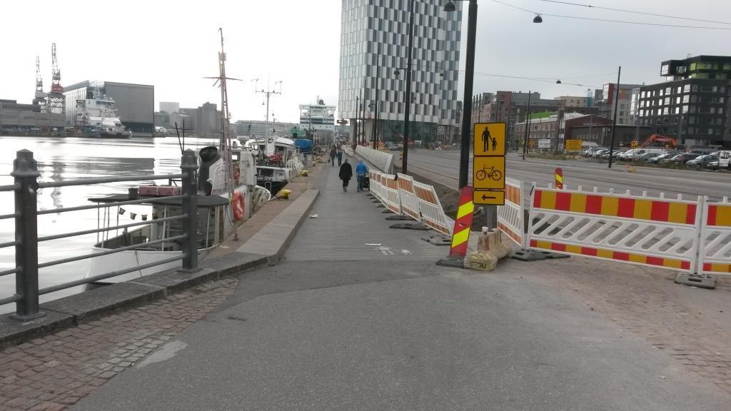 Helsingillä on pitkät perinteet työntää pyöräily jalkakäytäville poikkeusratkaisujen keinovalikoimana. Nyt tämä keino pitäisi unohtaa.